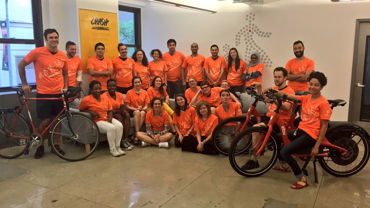 The @transalt team #WearOrange today in solidarity w victims of #gunviolence today @Everytown @HarlemSaveALife https://t.co/t2HIlBJKmg