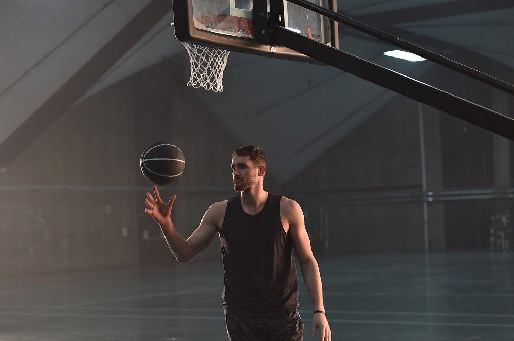 It's the rematch we've been waiting for all season. We're rooting for you, @KevinLove. #BuildIt https://t.co/1EX16uUpI0