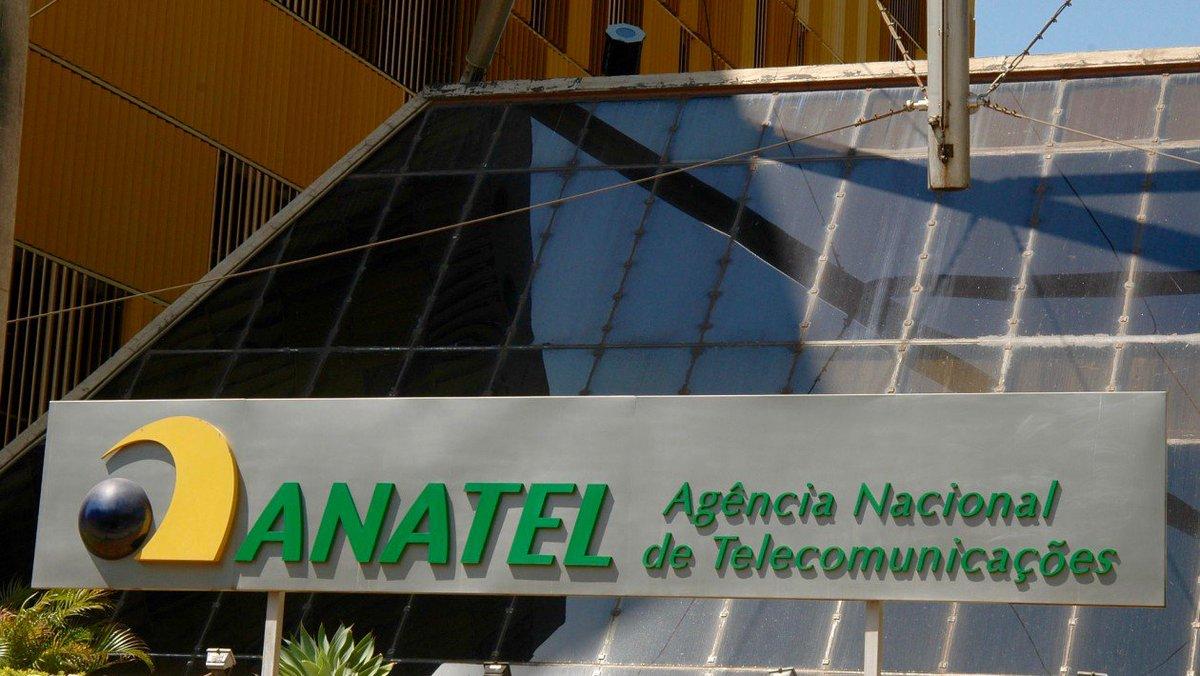 Presidente da Anatel diz que operadoras decidem se vão ou não limitar franquias de internet https://t.co/gIXTcAAndW https://t.co/CwWQsI0ckp