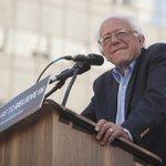 Social media captures incredible line to see Bernie Sanders Oakland speech https://t.co/rG88THOpKX #sanfrancisco https://t.co/hNS3zGdzVb