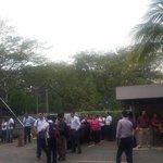 #UltimaHora Evacuación en el edificio de @PublicarComunid #Sismo #Nicaragua https://t.co/s5T4bWh42M https://t.co/H2CIRRx70O