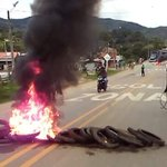 Imágenes de la situación en la vía Panamericana, entre Mondomo y Caldono. Fotos: @marulojose. @TaxisLibres4 @lax965 https://t.co/fIIEdexKHF