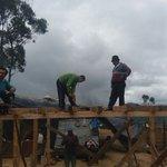En el sector de Pimbulo cantón Chimbo, se construye una vivienda para una familia de escasos recursos https://t.co/9WPUG5kRVr