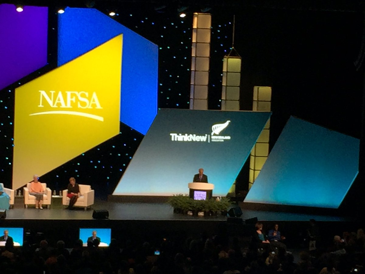 Educators should teach students empathy & the value of creating communities that transcend differences #NAFSA16 https://t.co/kjbwT5mboh
