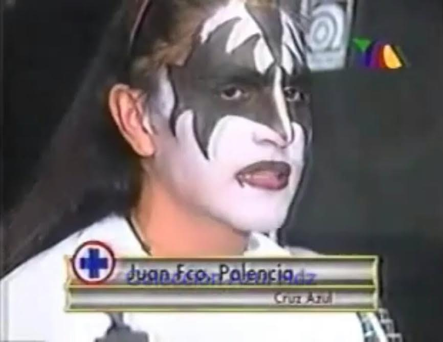 New coach for Mexico's @PumasMX  Soccer Team: Juan Francisco 'Paco' Palencia in @genesimmons war paint! ! https://t.co/nHa8AnHY8e