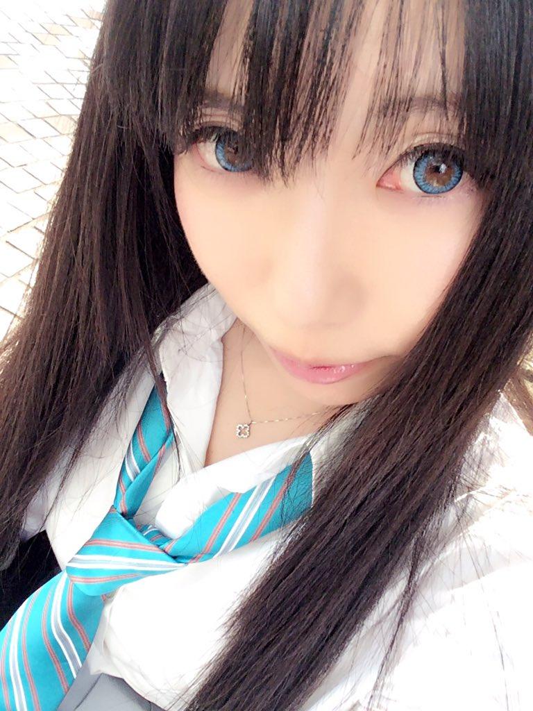 天使みゅさんの写真とつぶやき:撮影するよ。 写メが明るすぎて飛びます。  #渋谷凛 #シンデレラ https://t.co/NW4HZ0MZ1o