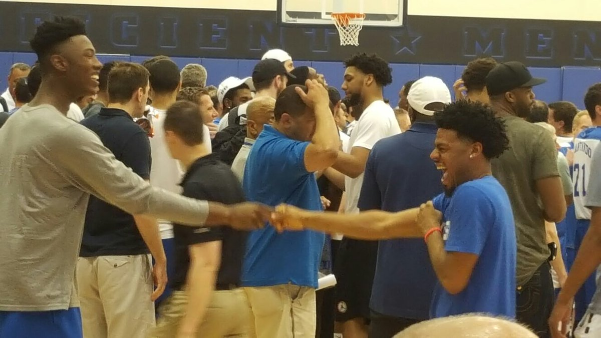 The past to the future. @QCook323 to @TheReal_HG3 #Duke https://t.co/MkJmUcW8dX