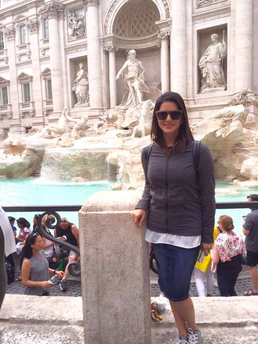 1 pic. First day in Italy w/ & in-laws!! So exciting! Mgdej9eYxn