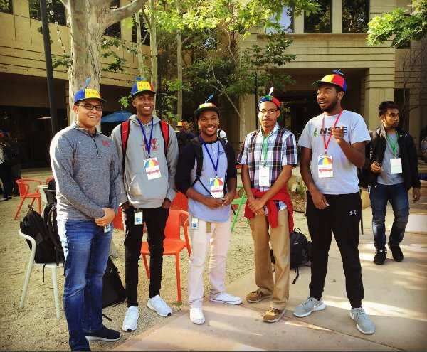 June = @google intern season. We're excited to have so many talented students joining us this summer. :) https://t.co/Jyoveey7xt