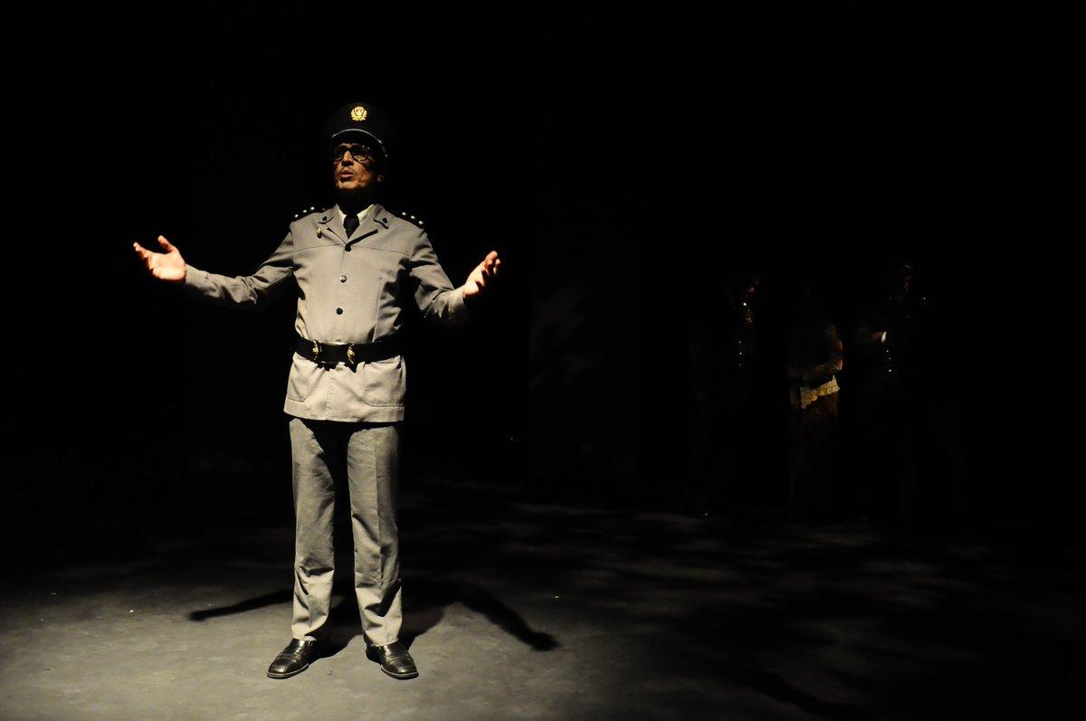 Semalam pratonton Dato' Seri, sebuah adaptasi Macbeth.. dan malam ini pula pembukaan pementasan ini! #gilakuasa https://t.co/QdMAxjJtzK