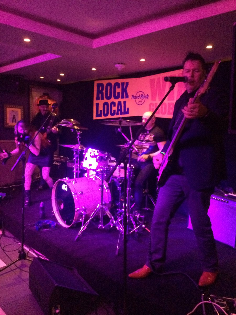 Such a great night! #HardRockRising @HardRockLondon @The_WDD @nambucaofficial @KillForEden @ArcadeFortress https://t.co/h48LlP4bQD