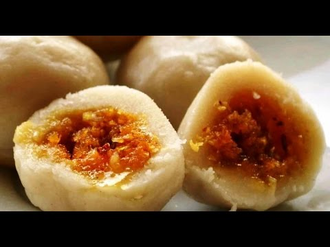 Kozhukatta  is a popular Kerala sweet dumpling made from rice flour, with a filling of grated coconut and jaggery https://t.co/YOLwnuFPdb