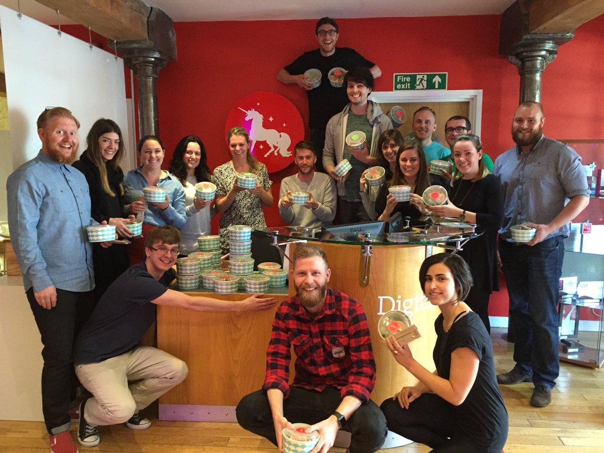 RT @Tamilison: #JamiesDeliveroo You made @DigitasLBi_UK Edinburgh office very happy! #SuperFoodForASuperTeam https://t.co/qdgeWf2m43