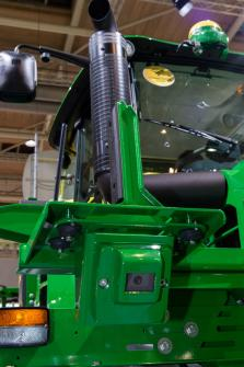 ICYMI: @JohnDeere launched a bunch of stuff yesterday - chk 'em out. #farm #farmtools https://t.co/Q3H4YlL2Oz https://t.co/Mf40MmAPV3