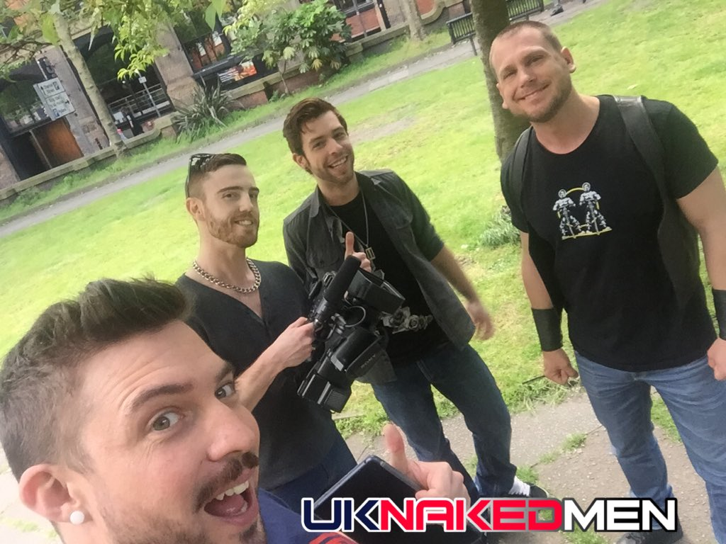 What a beautiful day! from park to sling with @xGabrielPhoenix and @HansBerlinxxx shooting sleaze for @uknakedmen �� https://t.co/EEUeXynWm8