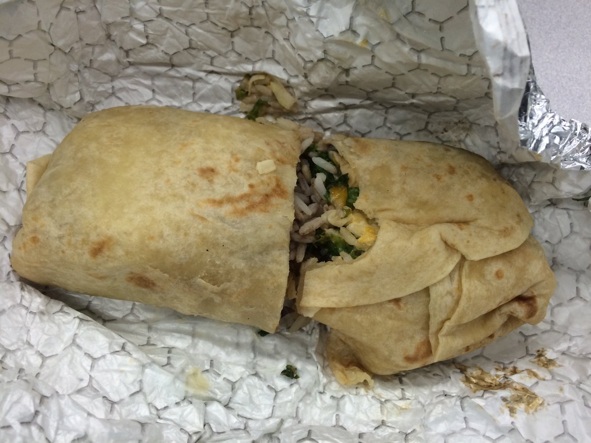 Oh man, the last place you want to deliver an @ubereats burrito with two bites out of it is TO A NEWSPAPER. https://t.co/2QccnX4gyp