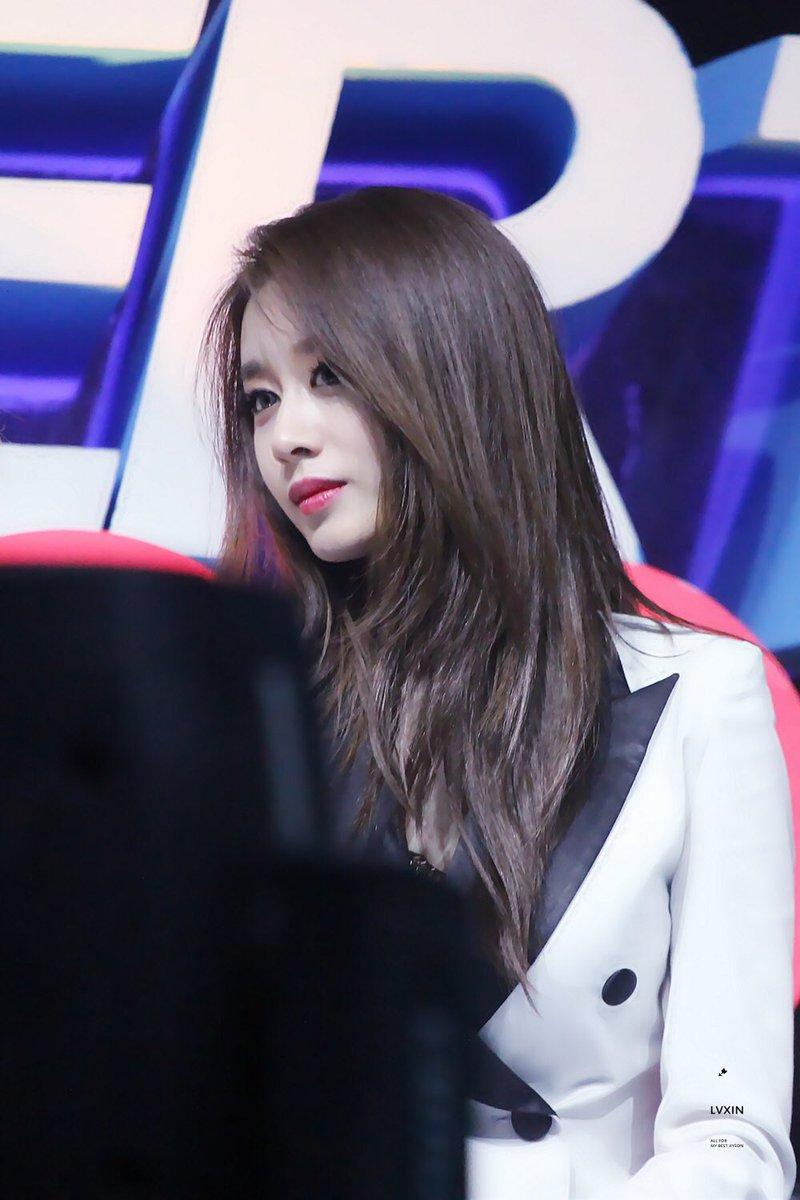 Jiyeon t ara