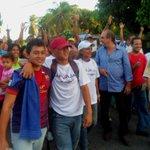 @soymmagallanes Los vecinos acompañando a @_JorgeCarvajal en la parroquia Agua salada . El revocatorio va!!! https://t.co/khahLSNCWI