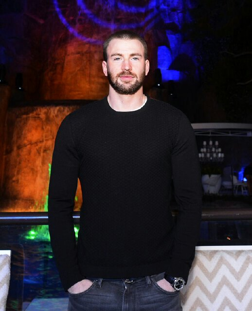 Captain America, Chris Evans, At The Billboard Kick-Off Party at Intrigue in the Wynn Las #Vegas Photo: @BryanSteffy https://t.co/VXp2oDQaeg