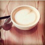 Bon café @gurruchoudhary wish one day we will drink one with u on vous aime notre beaux gurru ???? ???? Soumia Sweden https://t.co/ZU3lCOKRAL