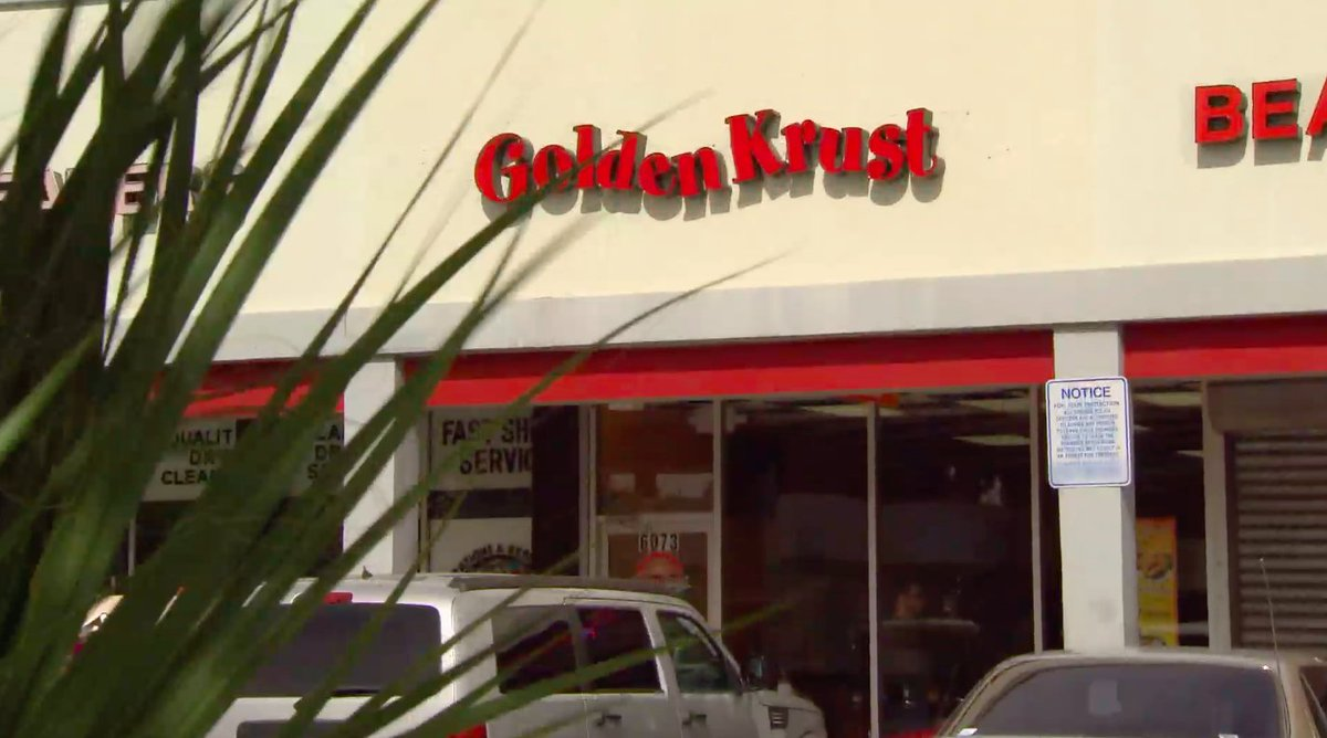 Fun Fact: @GoldenKrustBkry is the first and only Jamaican franchise company in the United States. #UndercoverBoss https://t.co/fiOXLhA634