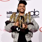 XO we took home 8 ! more than any male artist in history 💪🏾 Thank you @billboard https://t.co/8rXjU7mxpg