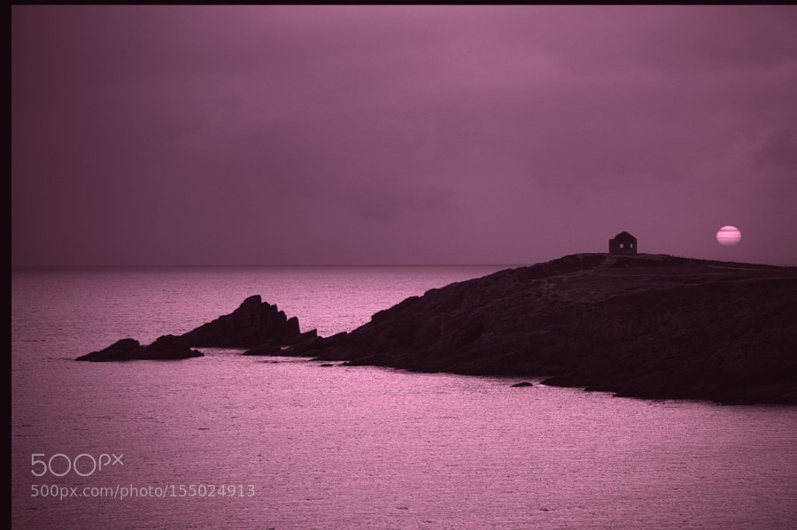 Purple evening: Pointe du Percho , presqu'ile de Quiberon https://t.co/VigDpEoQS3