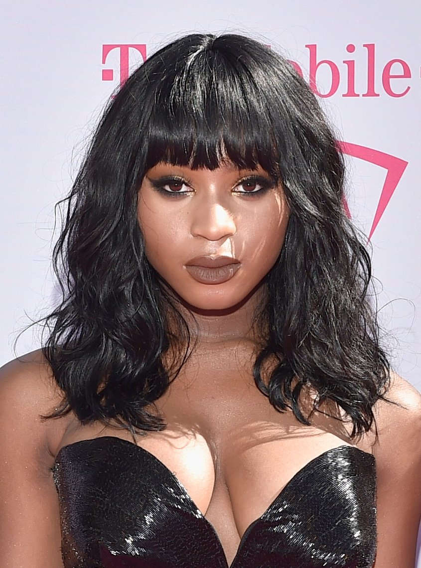 We love this matte brown lip on @NormaniKordei
