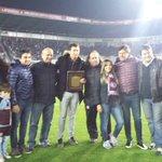 ¡Antes del juego reconocimos a un grande, Agustín Marchesín! ¡Hoy en @ClubSantos, pero siempre parte del @clublanus! https://t.co/P3A0EXPEbz