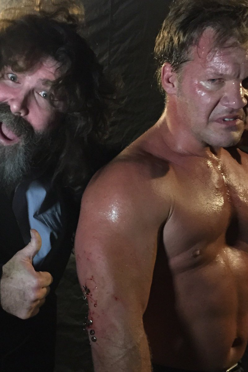 I'm Mick Foley - and I approve of these thumbtacks! #AmbroseAsylum @IAmJericho #ExtremeRules https://t.co/YBleWeR7yf