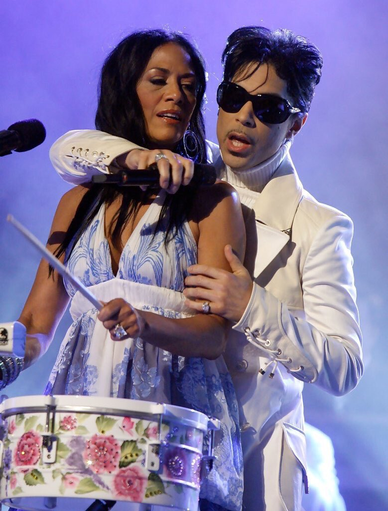 Hey @BBMAs you screwed up BIG TIME in choosing #Madonna for the #PrinceTribute.  Shoulda been @SheilaEdrummer