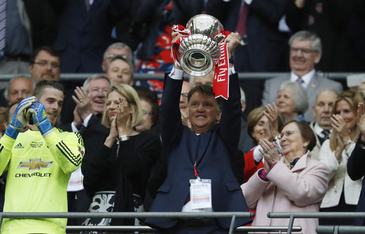 King Louis' reign at Manchester United is over, but it wasn't all bad... https://t.co/fppcmismBg https://t.co/CfNVJW41tv