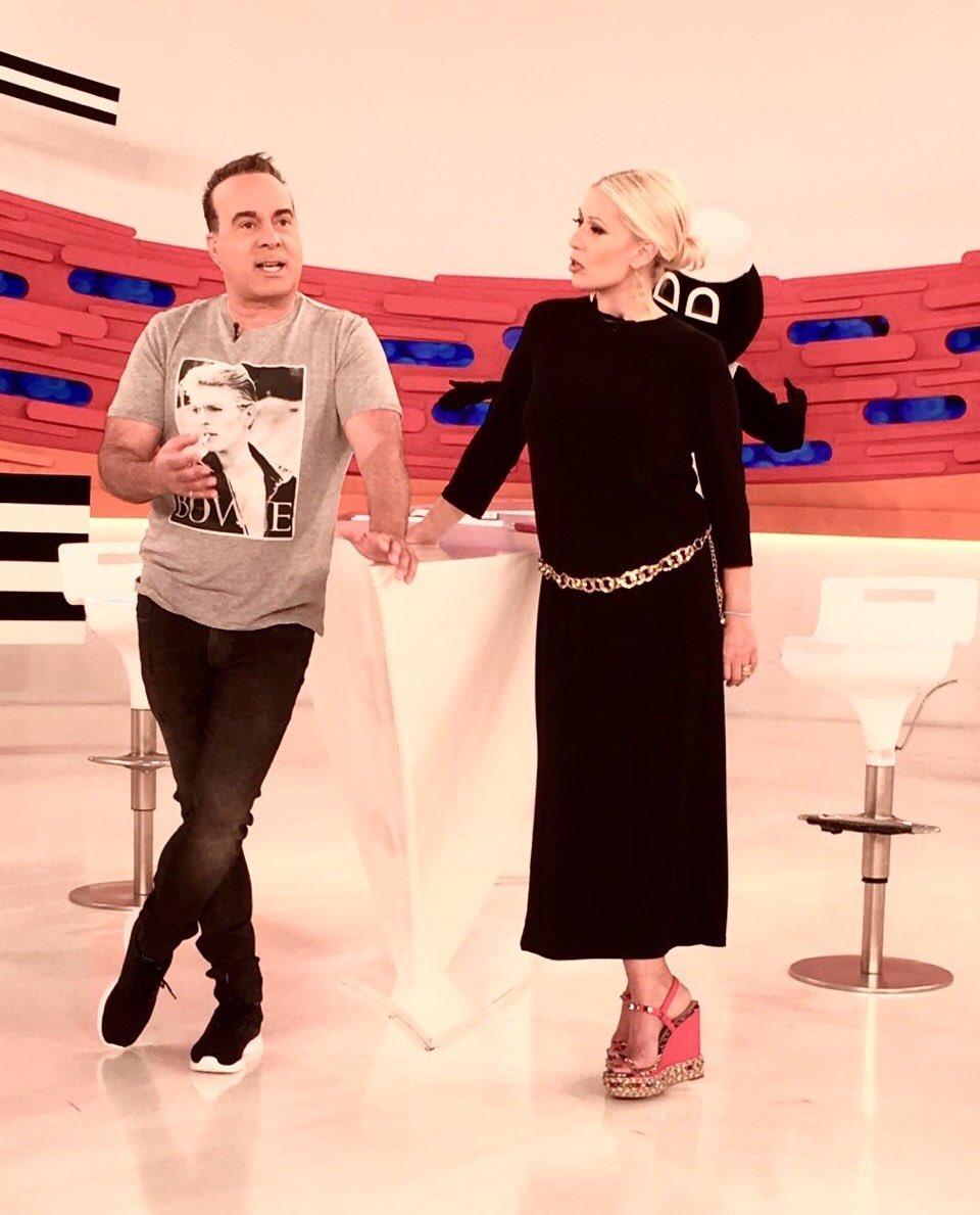 Τόσο απλό,τόσο ήσυχο.Το λατρεύω.Φόρεμα cult από το marymaryshop.gr.Κάντε retweet και μια τυχερή θα το κάνει δικό της https://t.co/Ilo2znJsGd