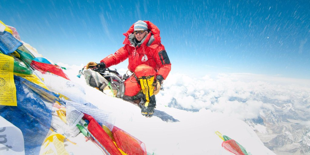 BREAKING NEWS: @MelissaArnot sets record for most #everest summits by US woman. Climbed w/o supplemental O2. https://t.co/TRHhQPilFH