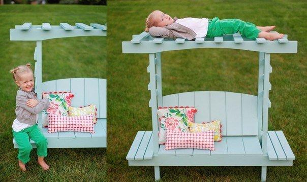 Детская скамейка для дачи