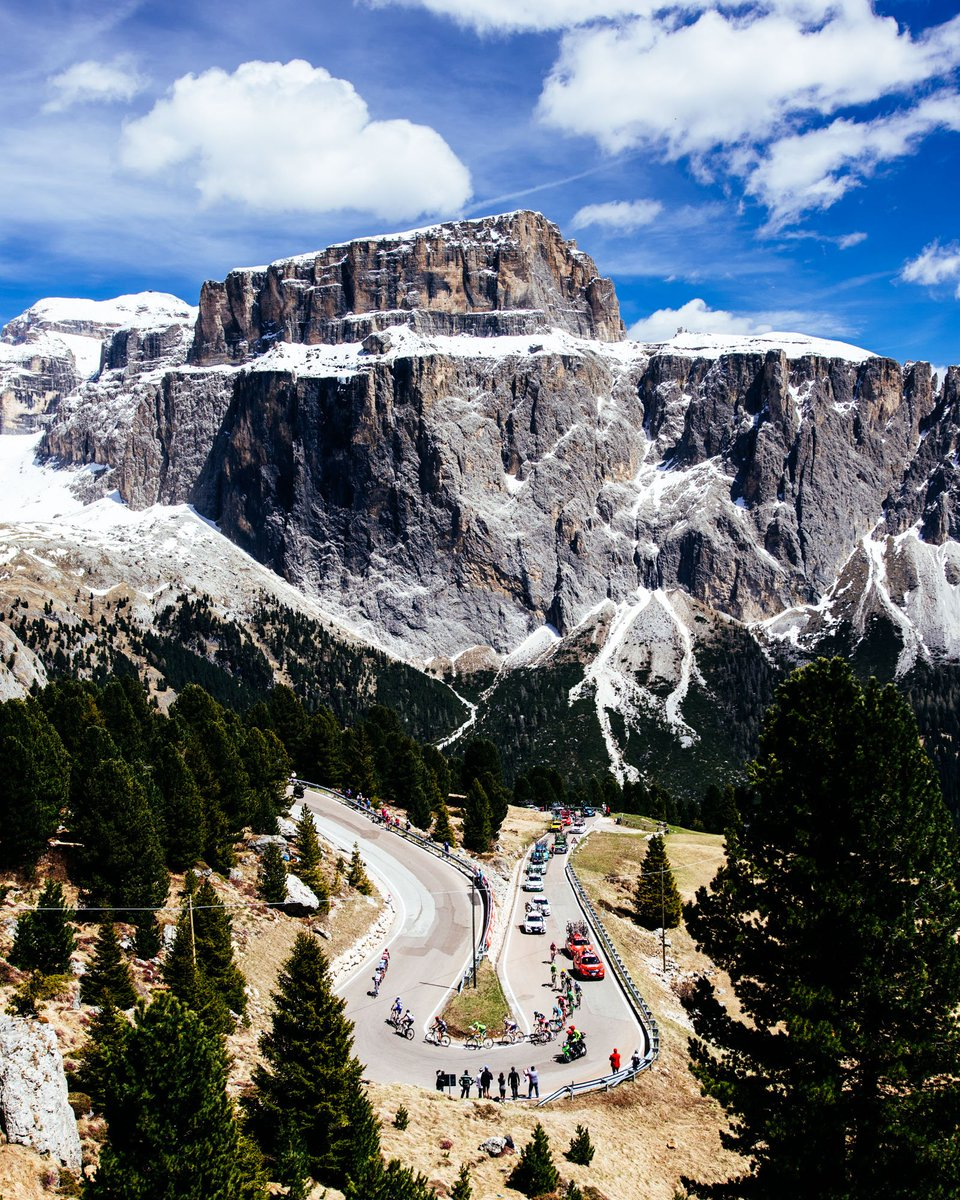 Today is rest day, let's look back at beautiful Dolomites #giroditalia #giro - pictures by @jeredgruber https://t.co/N2ISiwRK1x