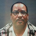 #vallejo PD is looking for 53 yr old Darrylone Shuemake hes believed to started yesterdays fatal fire #ktvu https://t.co/ajdtKc7ONm