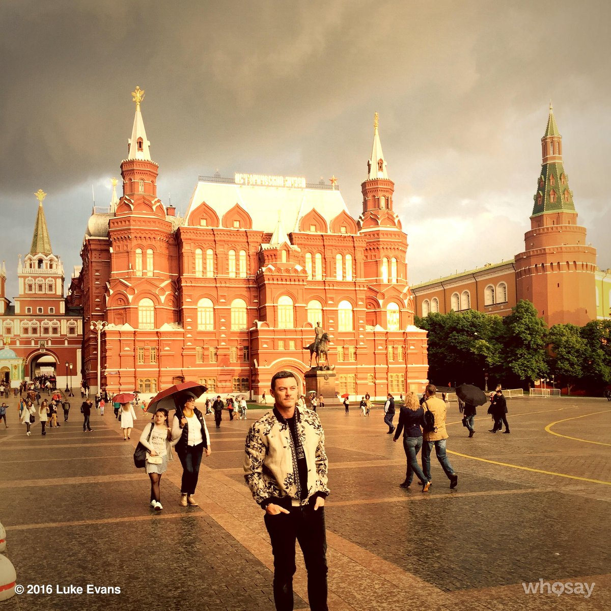 RT @TheRealLukevans: From Rome to Moscow. Hello Russia!!! #redsquare