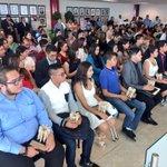 Hoy en Sesión de Cabildo reconocemos a 28 jóvenes que destacan en el área Académica y Cultural. Felicidades #Torreón https://t.co/eS9eKhsiQz