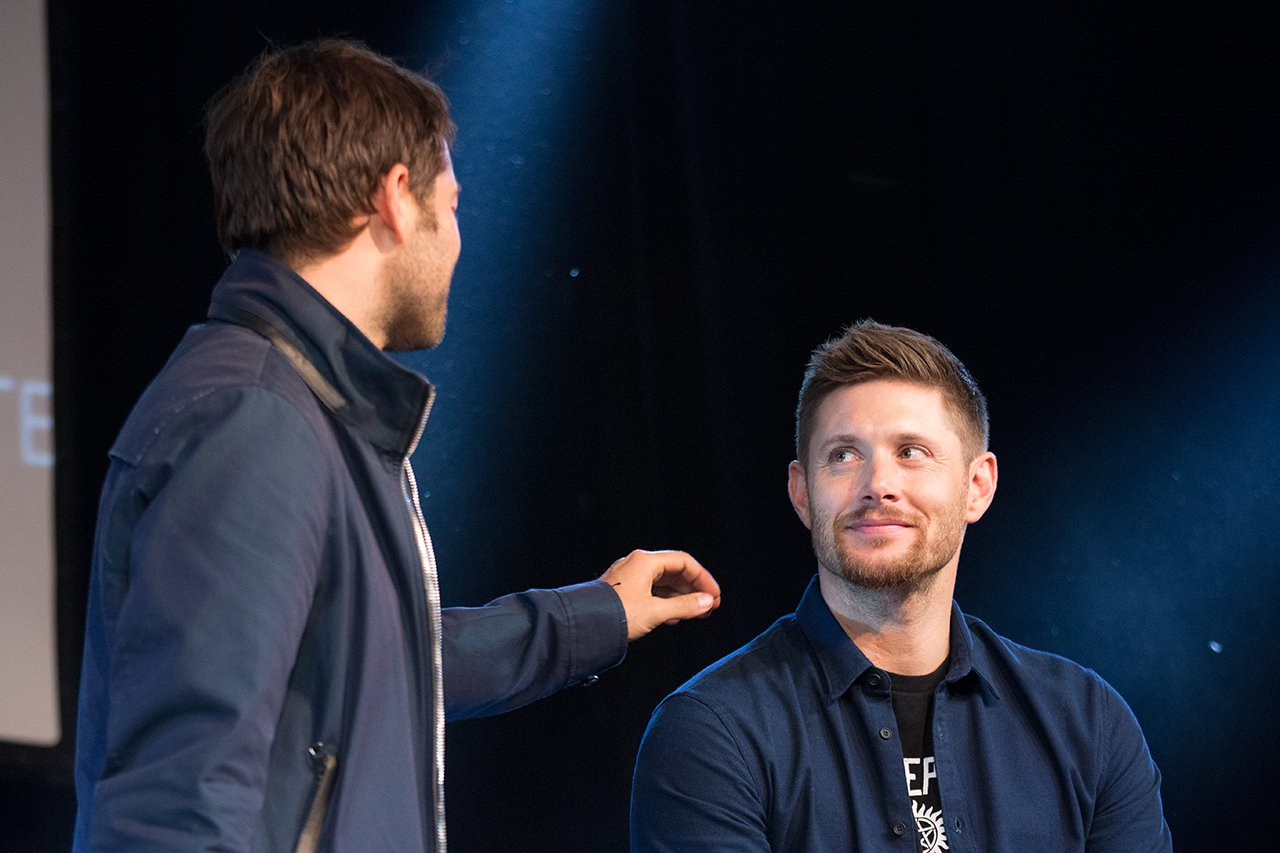 """""""I love you, Misha. I mean, honestly, it's from the bottom of my heart that I say…""""  - Jensen Ackles https://t.co/plK4jghCdB"""