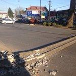 🔴congestión vehicular a la Salida del puente calle calle debido a un poste caído en la vía publica #Valdiviacl https://t.co/rbLoMv3kIi