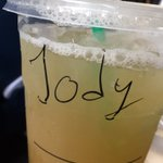 "Ordered my drink @Starbucks Asked the barista if she wanted my name. She winked and said. ""We gotcha"" #JodieFoster https://t.co/ItjBZoJzP2"