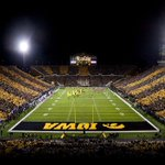 Been Blessed to receive an offer by the University of IOWA. #BIG10 🐤☑️ https://t.co/dWA3pvshvW