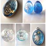 今回も素敵な企画ありがとうございます。 青と歯車中心の作品を作っています! でも最近卵、ダイヤ型を使ったものや水面レジンなども手を出してきてます! よろしくお願いします!! @Lupopo_cafe https://t.co/SWUcB4GIGK