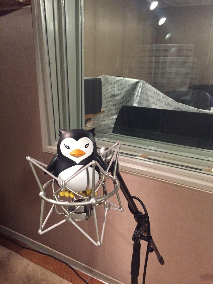 スタジオに連れて来てみた。  #penguindrum https://t.co/dBdaNqL5mb