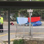 Lorry driver arrested after cyclist, 25, dies in crash in Croydon https://t.co/zfT5zvso2C https://t.co/Vx2SbHVeM8