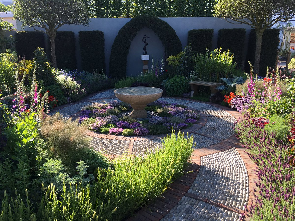 We are very proud to receive a Silver gilt medal for the St Johns Hospice Garden at RHS Chelsea. https://t.co/Ze8yzryTq9