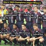 #BolanetMoments 1995: Pada hari ini, dengan skuat hebatnya Ajax berhasil menjuarai Liga Champions. Legends, segan! https://t.co/caZTDW9yJy