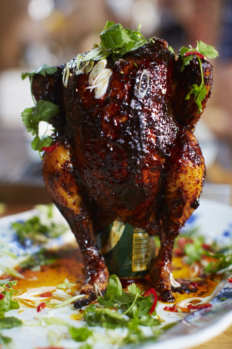 #RecipeOfTheDay is juicy roast chicken with a twist - sweet & spicy beer can #chicken: https://t.co/28MZGakEqC https://t.co/mCW3TjnAU6