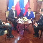W #KPRM trwa spotkanie premier @BeataSzydlo i wiceprzewodniczącego KE @TimmermansEU https://t.co/M7U1Euu9PX
